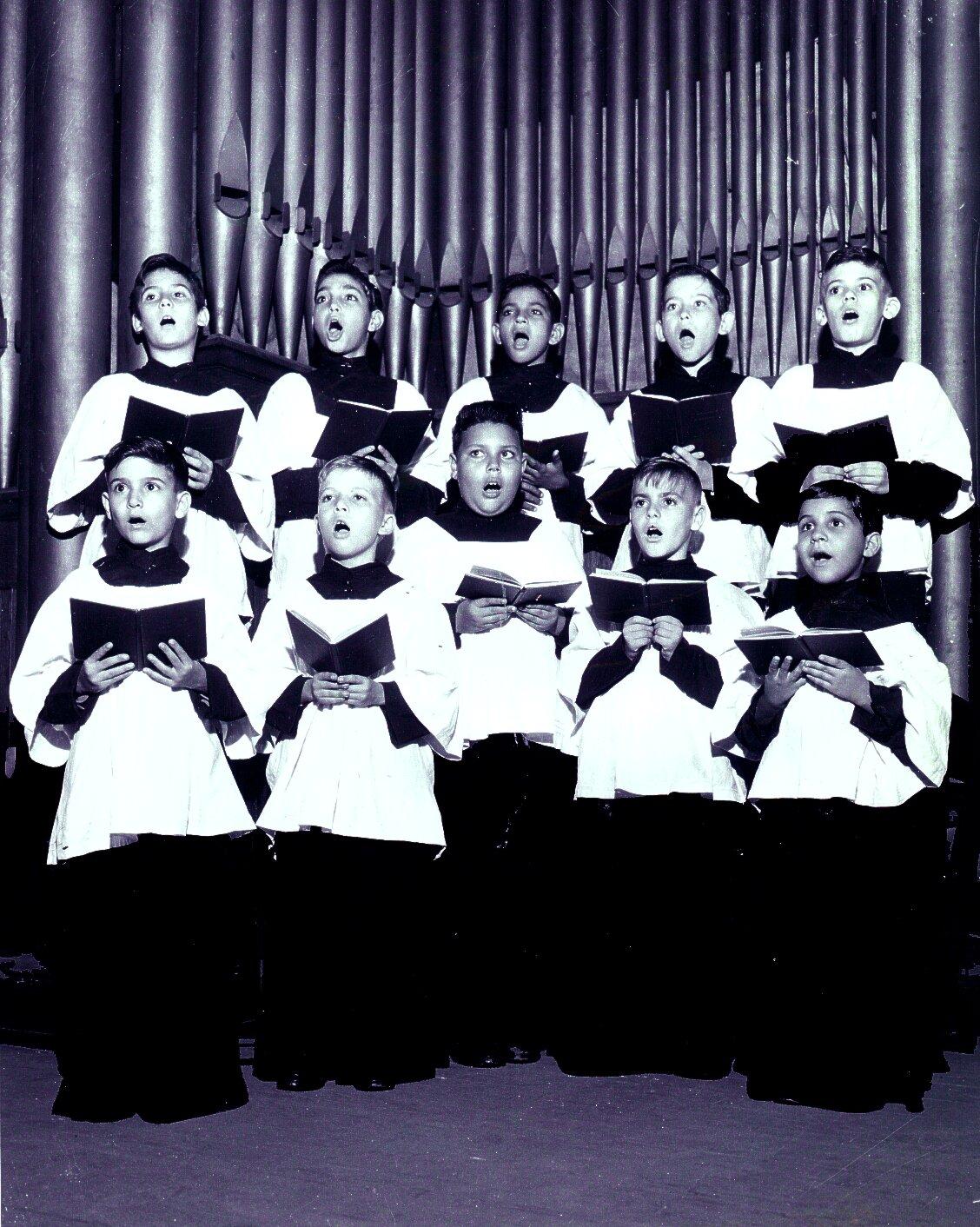 El coro de pequeños cantores del santo cristo fue uno de los coros de
